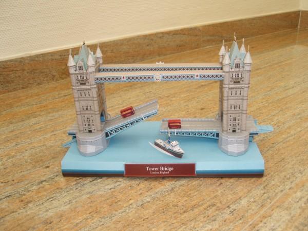 papercraft puente de londres